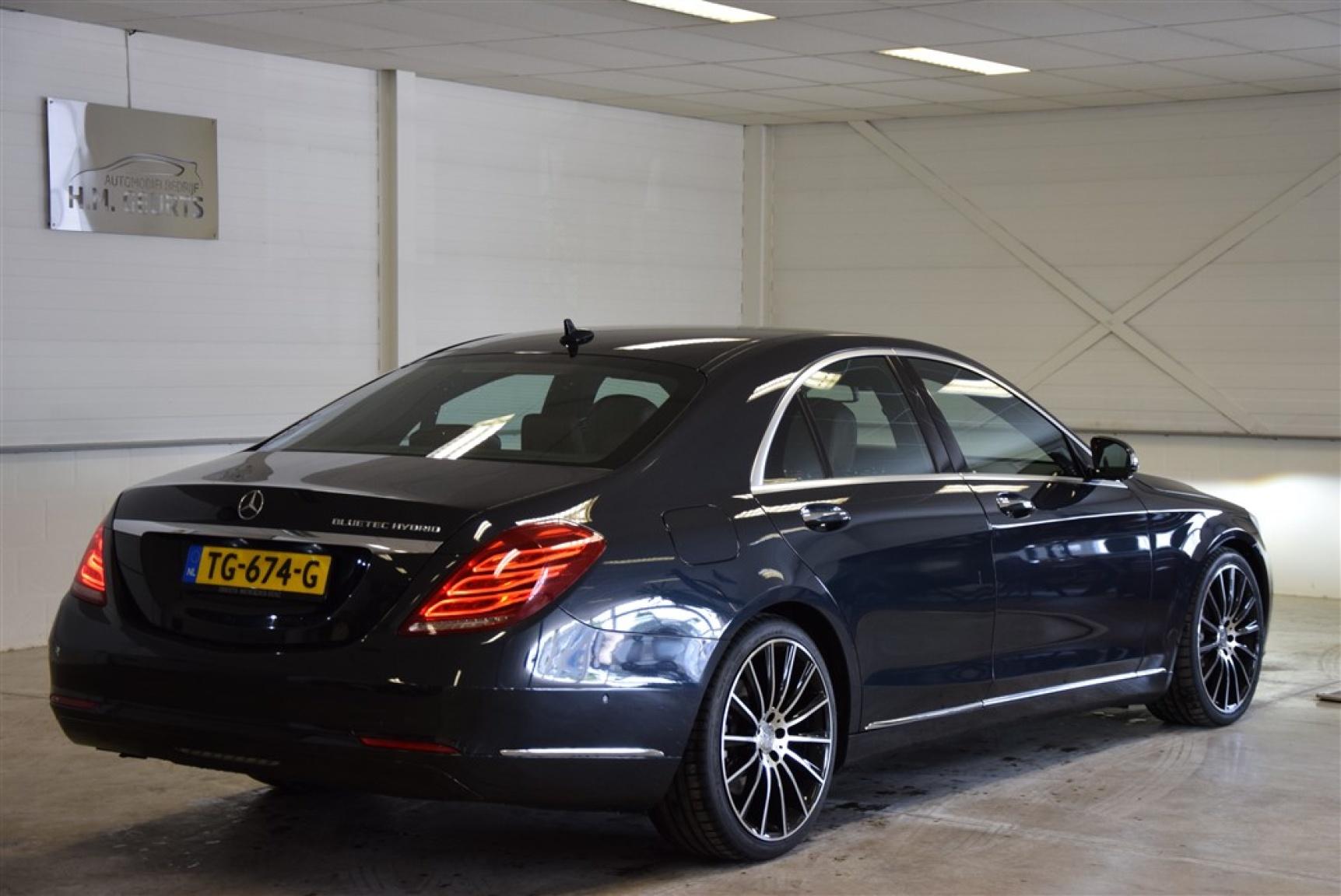 Mercedes-Benz-S-Klasse-3