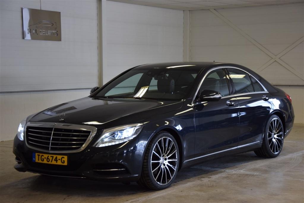 Mercedes-Benz-S-Klasse-thumb
