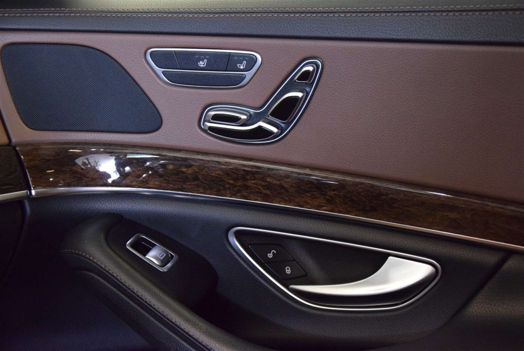 Mercedes-Benz-S-Klasse-7