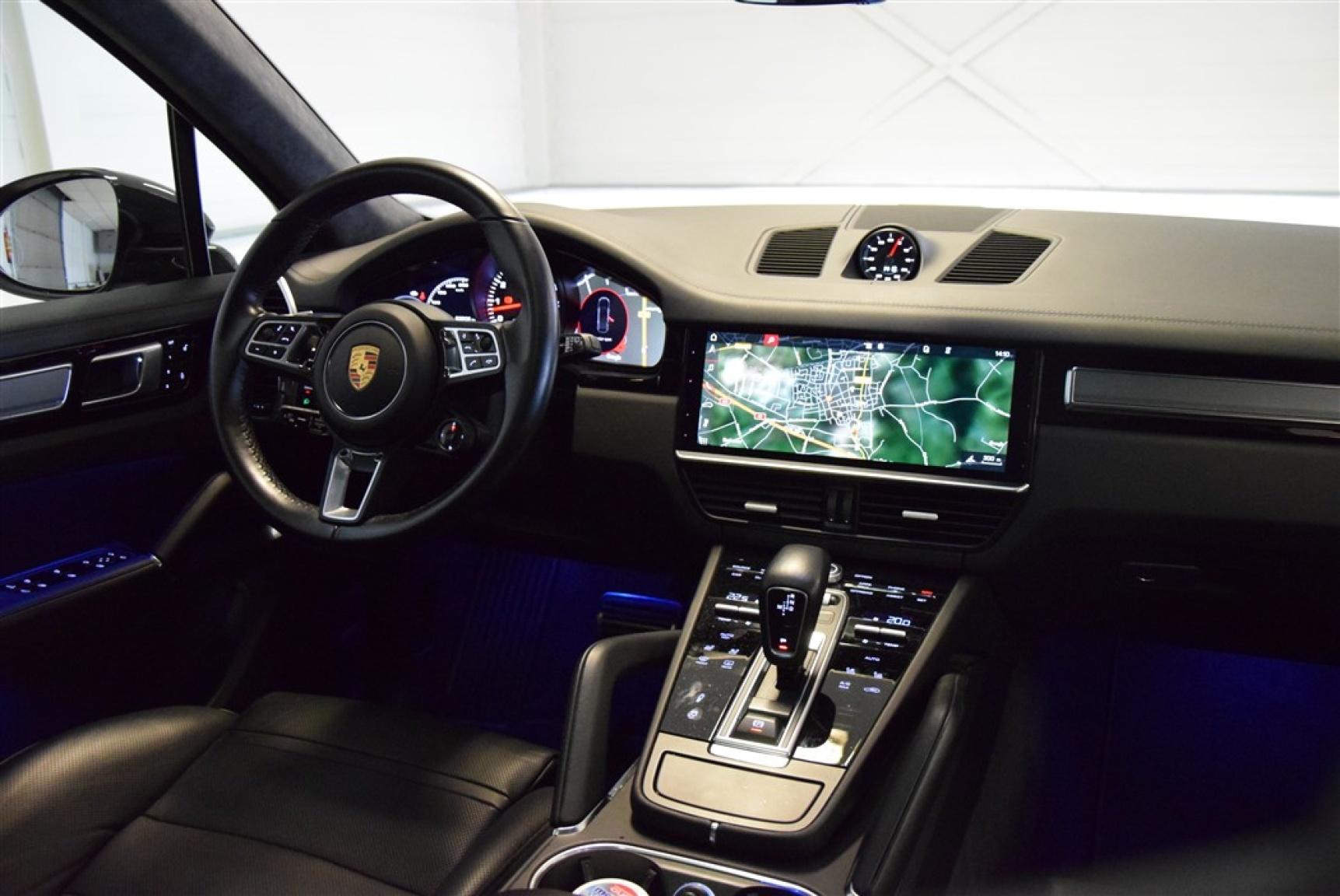 Porsche-Cayenne-20